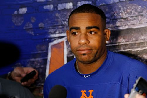 Yoenis Cespedes has ankle fractures after 'violent fall' on ranch