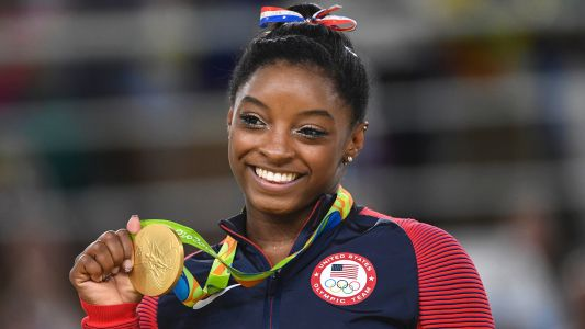 Simone Biles is dating Houston Texans safety Jonathan Owens