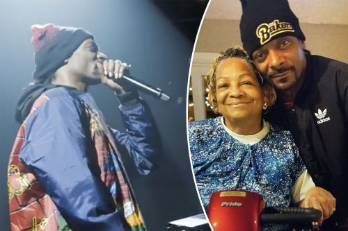 'Emotional' Snoop Dogg honors mom in Boston just hours after her death