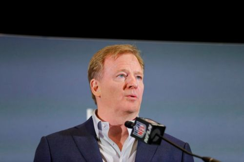 NFL commissioner encourages players to 'peacefully protest,' admits 'we were wrong'