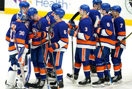 Islanders rip Devils in final regular season game at Nassau Coliseum