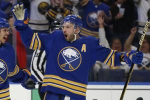 Sabres, minus Eichel, open season with 5-1 rout of Canadiens