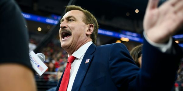 MyPillow CEO Mike Lindell says he hired private investigators to find out why Fox News isn't letting him speak on air