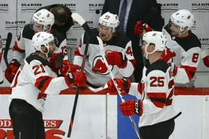Palmieri, Devils beat Coyotes 2-1 to end 7-game skid