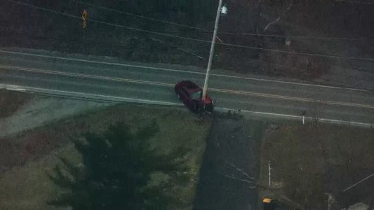 Vehicle crashes into pole in Allegheny County