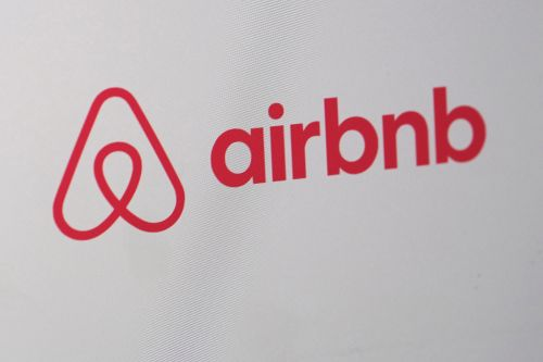 Airbnb reportedly readies for confidential IPO filing this month