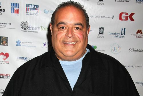 'Sopranos' actor Joseph Gannascoli offering private meals in fans' homes
