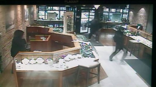 Two men convicted in 2017 Hinsdale jewelry store robbery