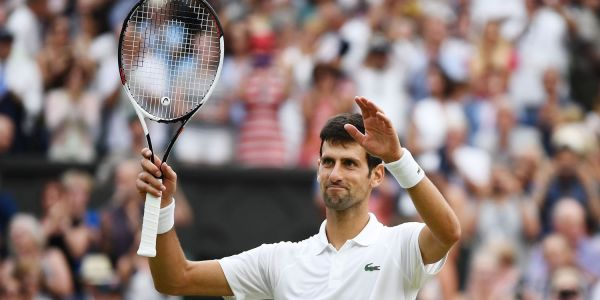 Novak Djokovic asked the crowd to applaud tennis great Maria Sharapova after finding out on the court that she was retiring