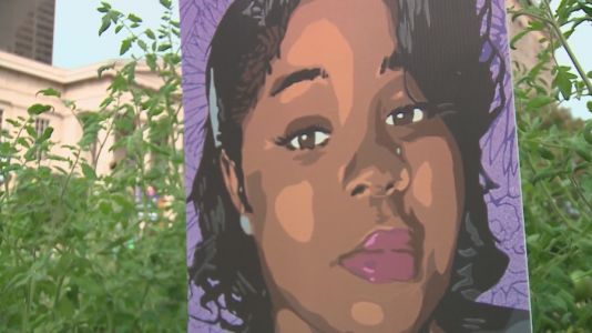 Protest held in Daley Plaza Saturday after Breonna Taylor decision