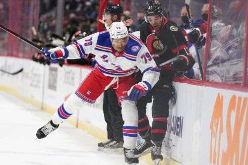 Rangers stage furious rally in final minutes to stun Senators