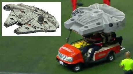 Use the Force! Mexican side Xoros use STAR WARS-themed cart to treat injured players in Liga MX game