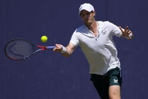 Murray in tears after beating Paire 6-3, 6-2 at Queen's Club