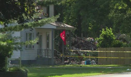 House explosion reported in Joliet area, 1 in critical condition