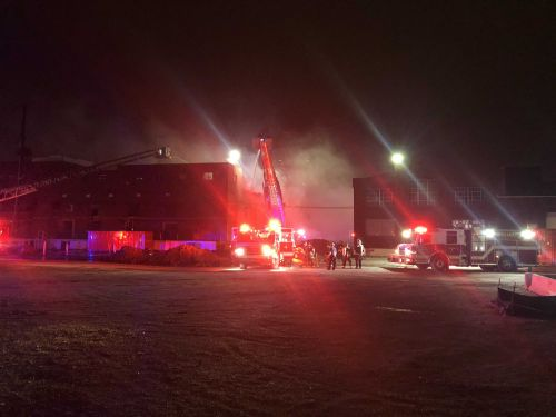 North KC firefighters battle vacant building fire