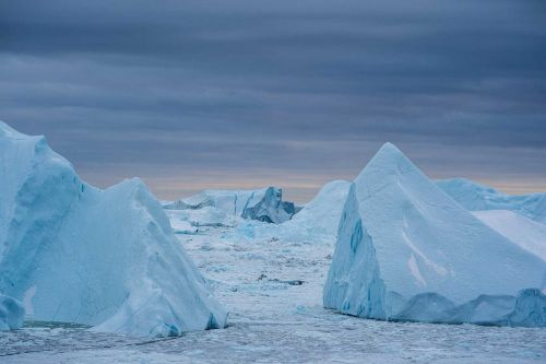 Amount of Greenland ice that melted on Tuesday could cover Florida in 2 inches of water