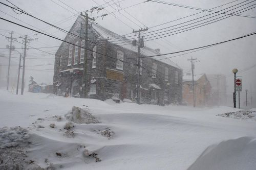 Raging blizzard brings fierce snowfall and wind to Canada
