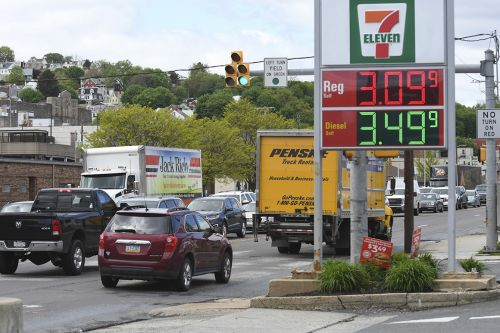 EPA moves to boost gasoline availability in mid-Atlantic states after Colonial cyberattack
