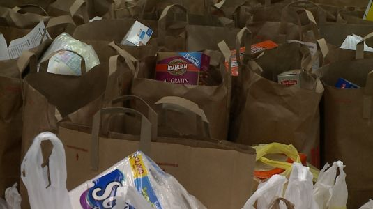 'We believe in helping each other out': School districts, food pantries help those in need