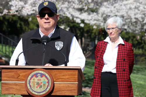 Hogan orders Marylanders to shelter in place