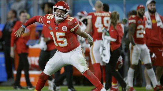 Report: Chiefs agree to 10-year extension with star quarterback Patrick Mahomes