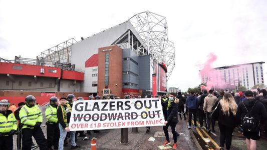 Two arrested after Liverpool team bus brought to a halt by Man Utd fan protest