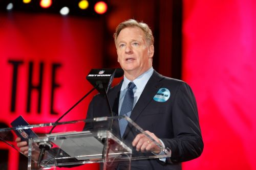 NFL: Covid outbreaks among unvaccinated players could mean forfeits