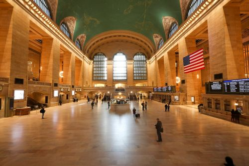 NY transit workers created an underground 'man cave' in Grand Central to 'get drunk and party,' MTA says