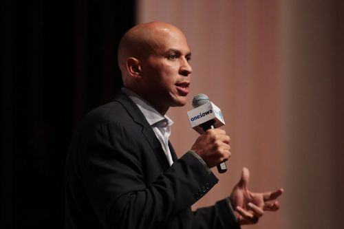 Booker campaign warns end is near without fundraising surge