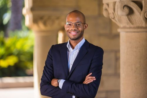Stanford sociologist details how, why privilege plays role in criminal courts