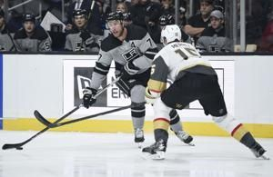 Carter gets winner in 1,000th game, Kings top Golden Knights
