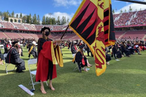 Stanford Earth graduates: Make your own future
