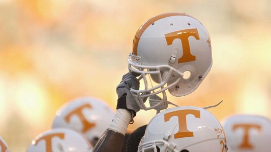 Tennessee linebacker charged with domestic assault, false imprisonment of girlfriend
