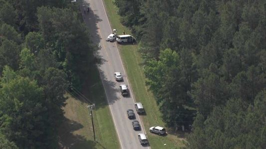 SCDOT worker killed, 2 others injured in head-on crash in Upstate