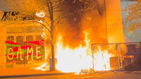 Portland rioters torch Apple store as another police killing sparks wave of destruction