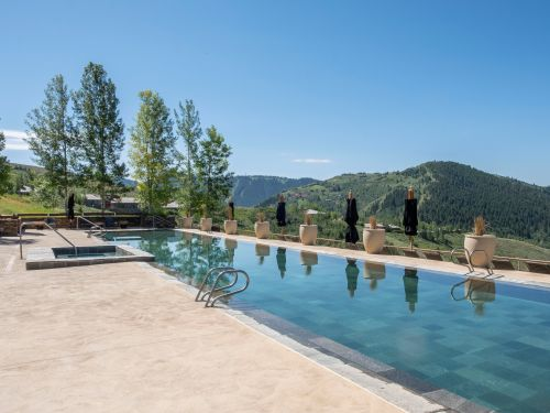 A visit to Amangani last summer - one of the top luxury resorts in Jackson Hole, Wyoming - quickly showed me why it's such a hotspot for wealthy travelers