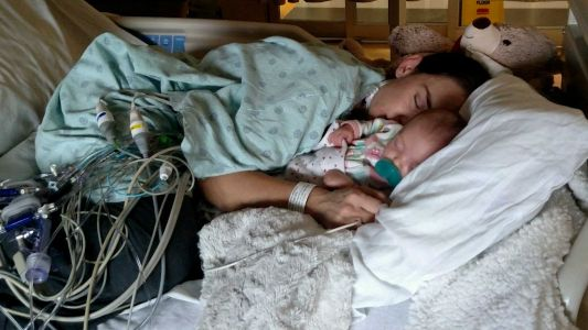Woman finds out she's in heart failure thanks to her pregnancy