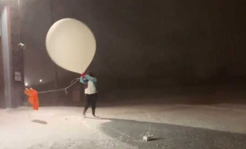 VIDEO: Meteorologist barely manages to launch weather balloon 'and not herself' during blizzard