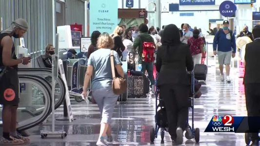 TSA workers prepare for holiday travel season with vaccine mandate