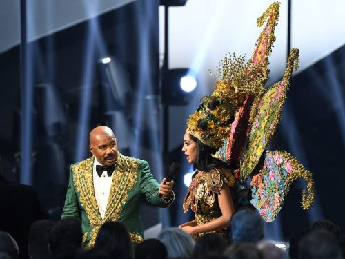 People thought Steve Harvey said the wrong name when announcing the winner of Miss Universe's national costume contest, but it turns out he was right