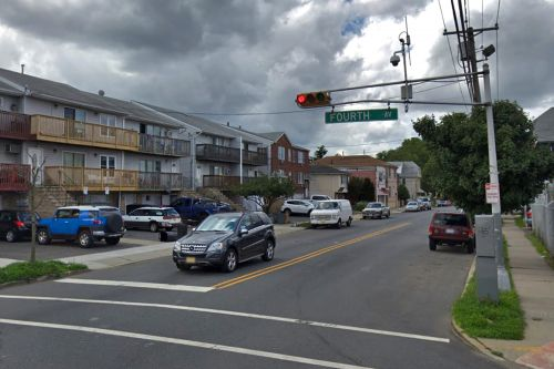 3-year-old New Jersey boy falls from window, killed by family dogs