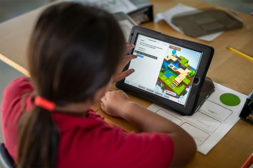 Apple expands Everyone Can Code to bring more coding resources to teachers and students