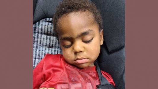 Cincinnati police locate mother of toddler found alone in Walnut Hills