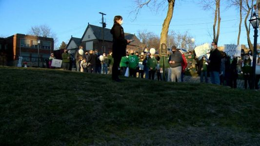 Crafton community fighting to save Catholic school from closure