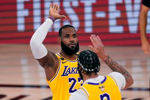 Lakers barely needed LeBron James in Game 1 blowout of Heat