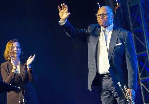 Review: The Pittsburgh Symphony's new pops conductor hypnotizes crowd at Hartwood Acres