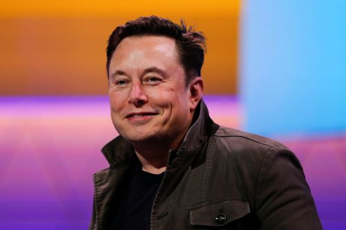 Elon Musk is only the second billionaire CEO to host Saturday Night Live - after Donald Trump