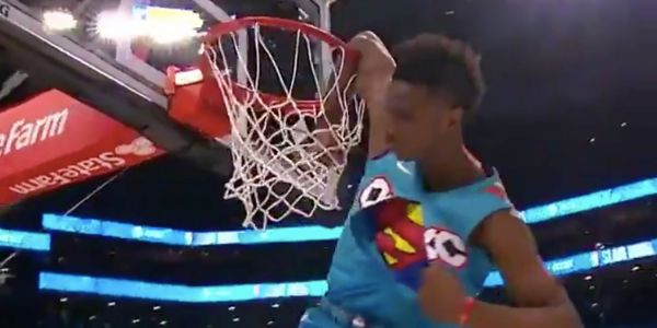 Hamidou Diallo hits absurd dunk over Shaquille O'Neal on the way to winning 2019 NBA Slam Dunk Contest