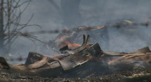 Firefighters quickly knock down grass fires in south Sac County