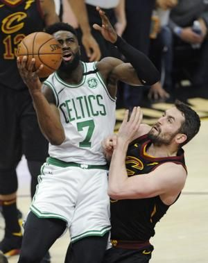 Cavs All-Star Love sustains head injury in Game 6